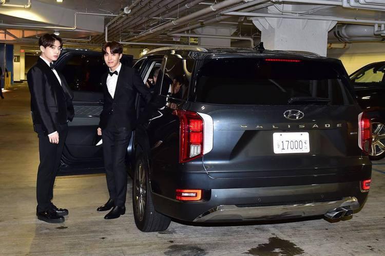 防彈少年團乘坐現代汽車前往葛萊美,盡代言人責任之餘也順便宣揚韓國品牌。圖/擷自i...