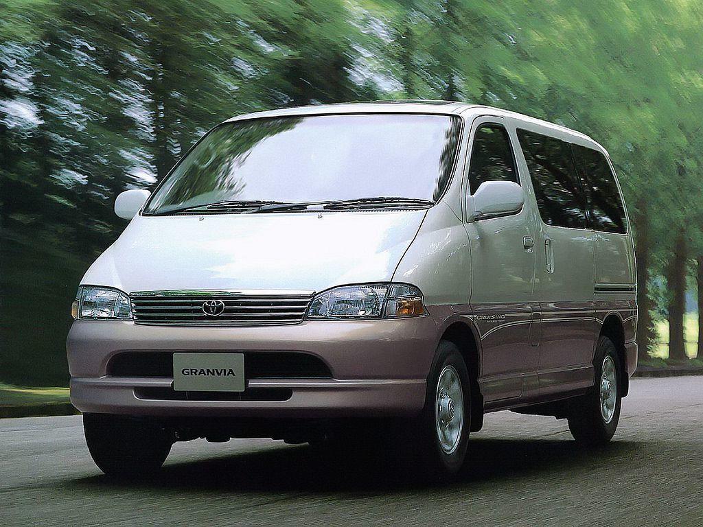 過往也曾在台灣國產的Toyota Hiace Granvia,當時是為了歐洲市場...