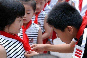 李政亮/「為中華之崛起而讀書!」——中國中小學課本裡的愛國主義