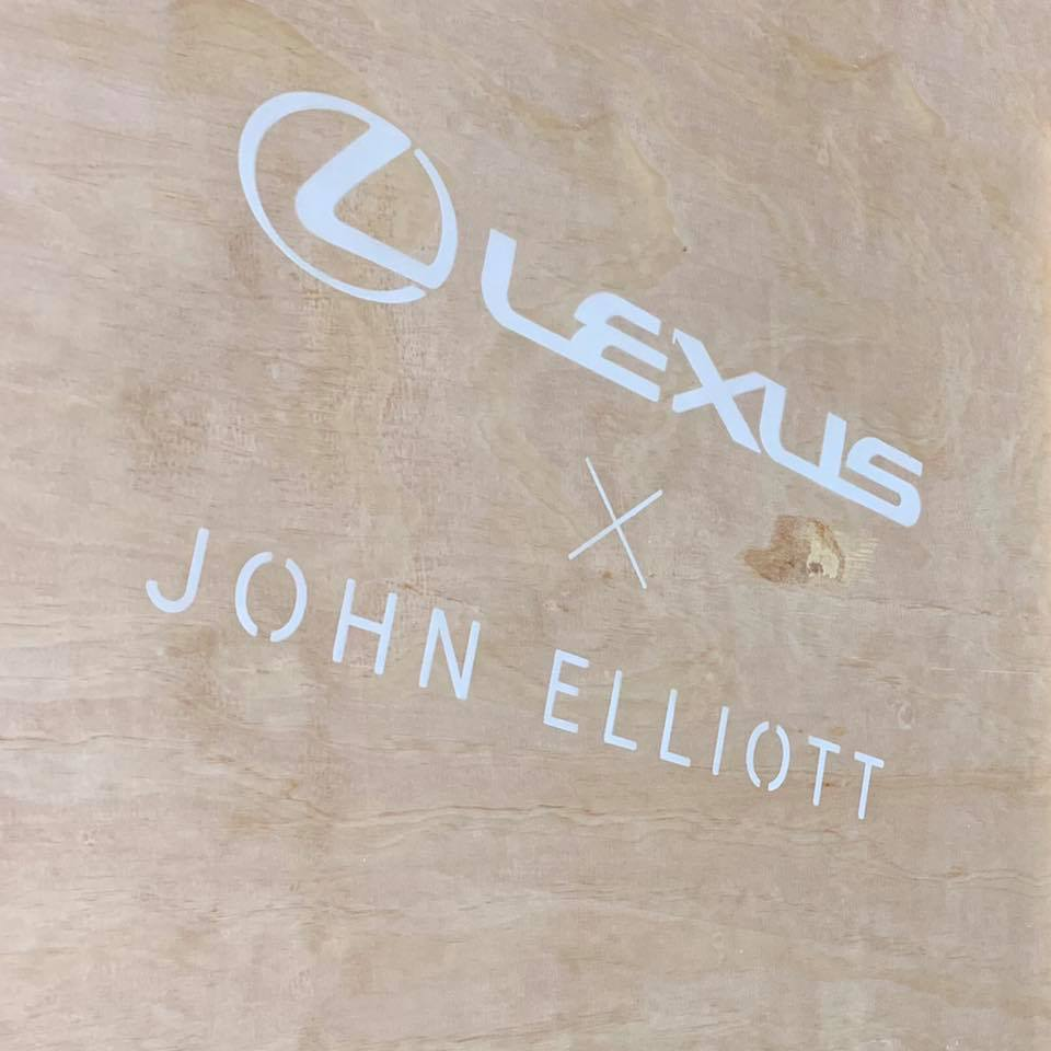 Lexus X John Elliot。 摘自carscoops