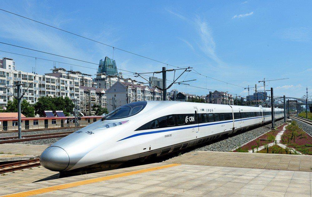 再一兩年大陸高鐵將跨越國境直奔國境之南的老撾(寮國)、泰國。 圖/取自網路