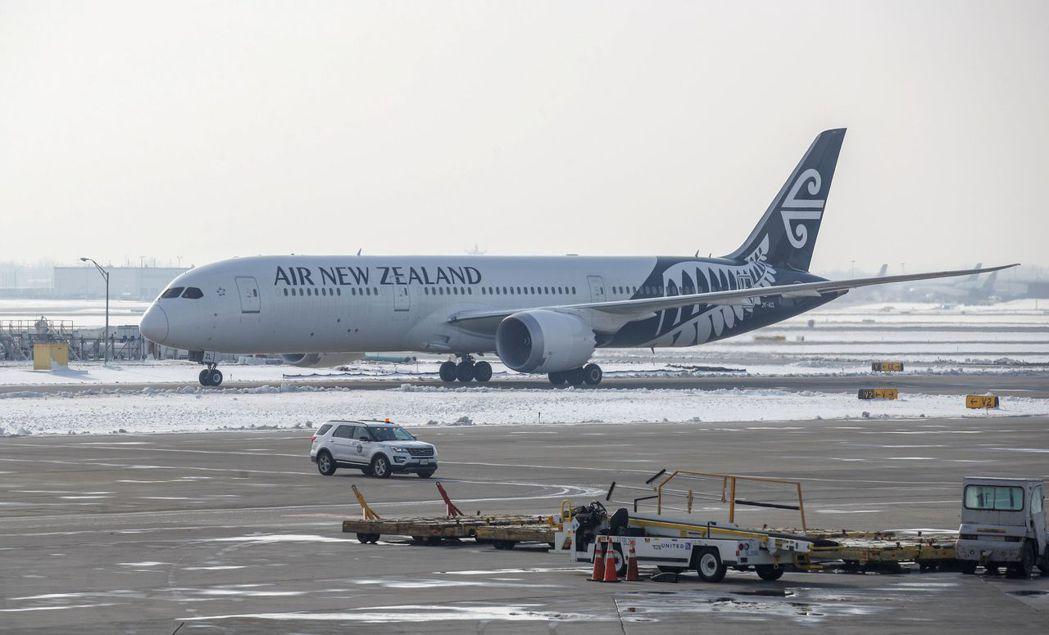 紐西蘭航空公司(Air New Zealand)飛往上海班機起飛數小時後折返,令...