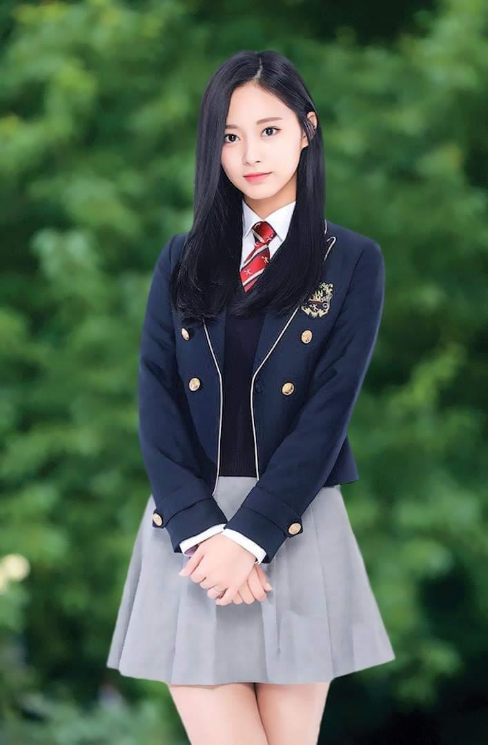 子瑜的畢業照。圖/摘自臉書