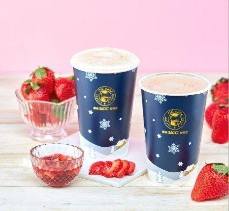 迎接西洋情人節,OKmart推出大湖草莓歐蕾、大湖草莓拿鐵,全台限量6,000杯,售價皆為65元。圖/OKmart提供