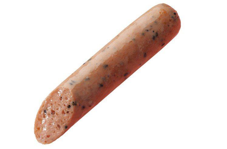 全家便利商店推出期間限定的草莓熱狗,售價35元。圖/全家便利商店提供