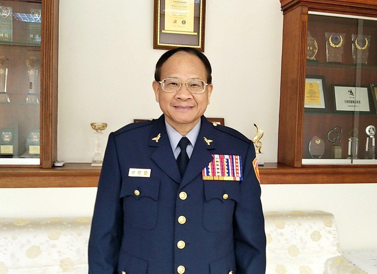 桃園市警局長黎文明明天調升3線4星中央警大校長,他是桃園任期最久的警察局長,對桃...