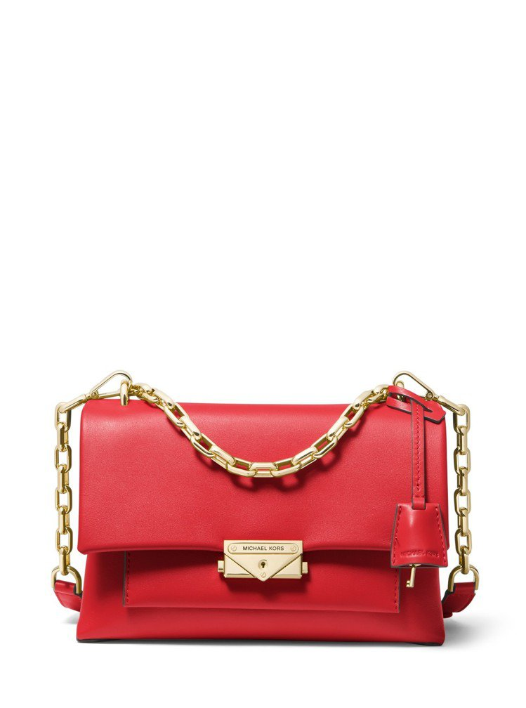 CECE紅色鍊帶肩包,售價17,500元。圖/MICHAEL KORS提供