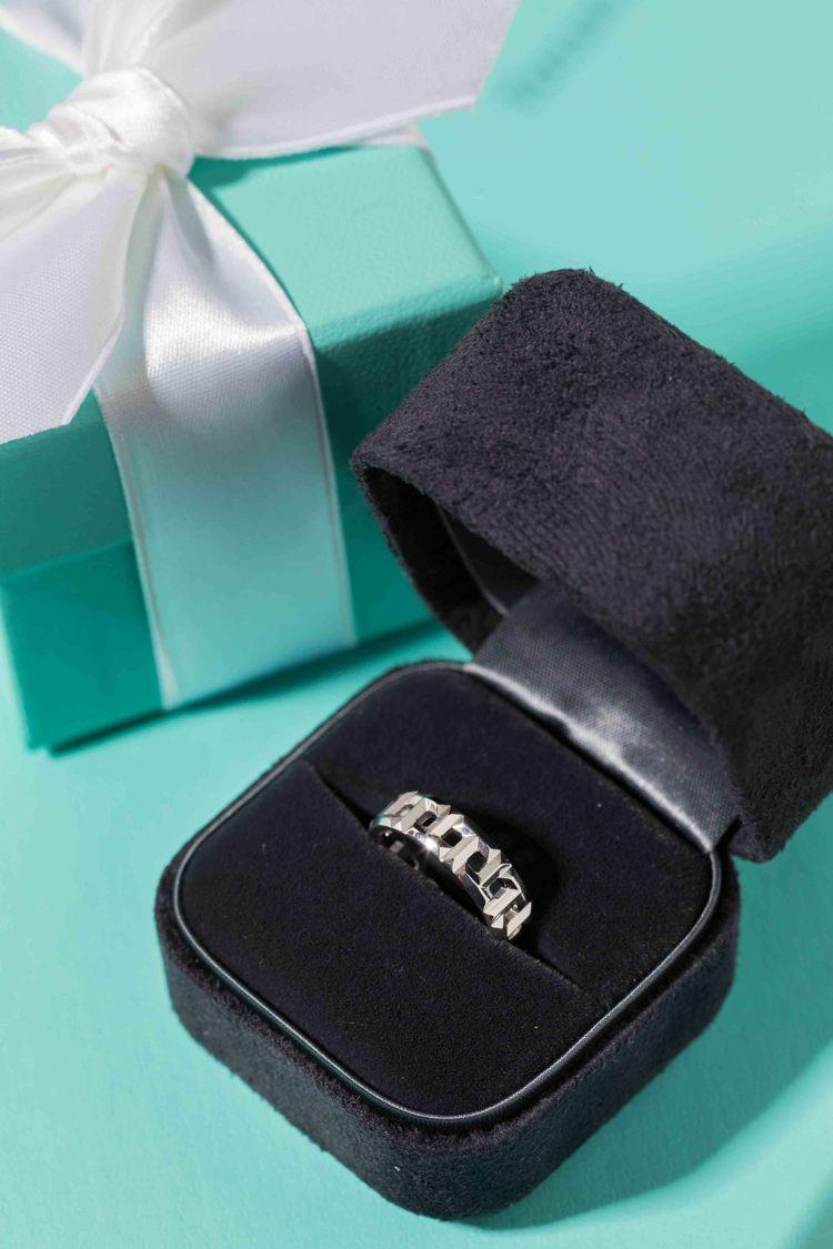 TIFFANY & Co.為情人將即將抵台的朴敏英特別送上一只Tiffany T...