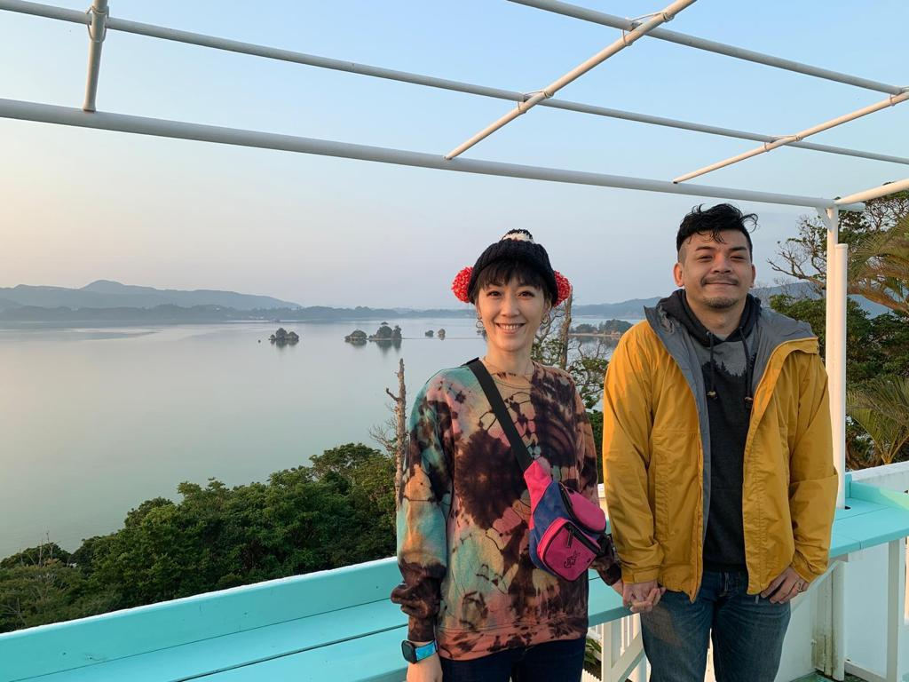 Gigi和史丹利到沖繩旅行。圖/艾迪昇提供