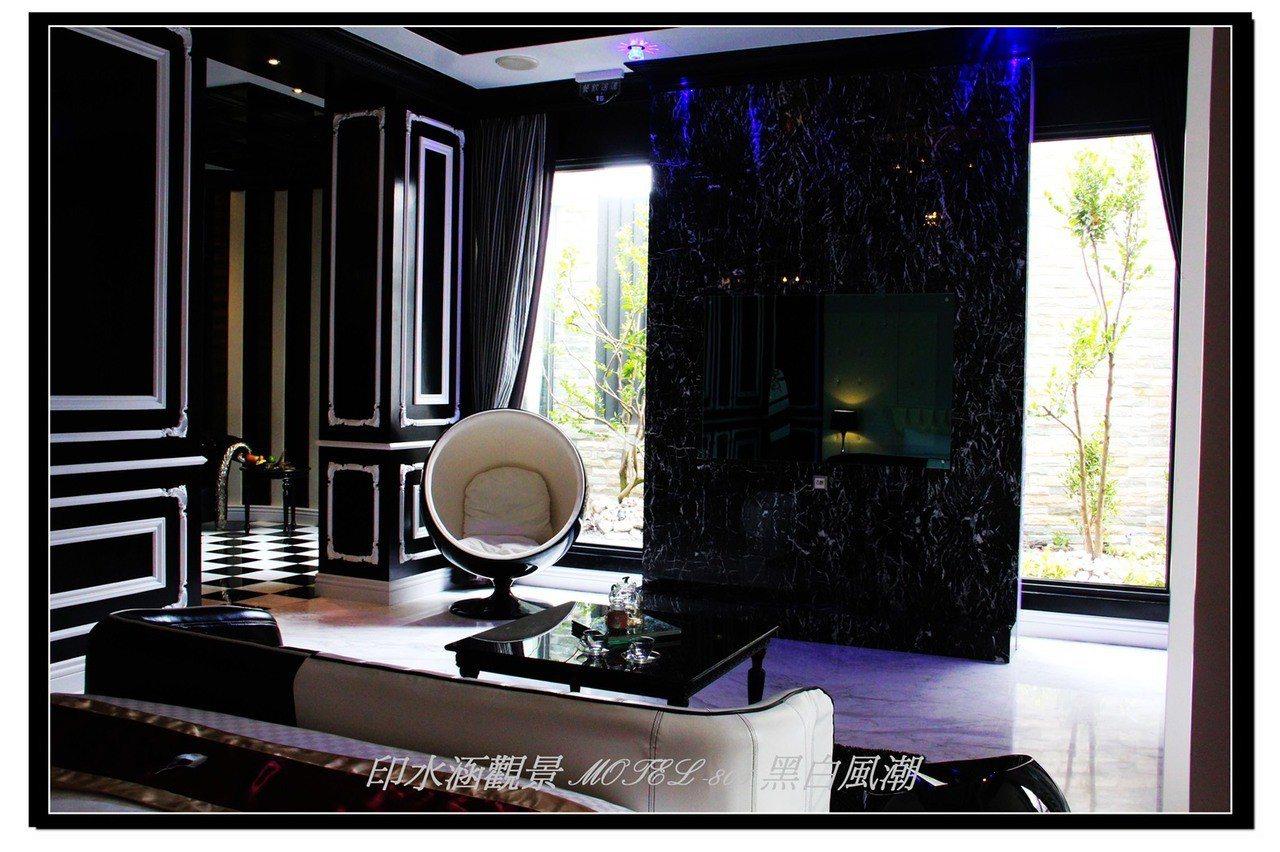 位在高雄市湖內區的摩鐵「印水涵觀景旅館」以沈靜優雅的設計獲得旅遊達人及網友肯定。...