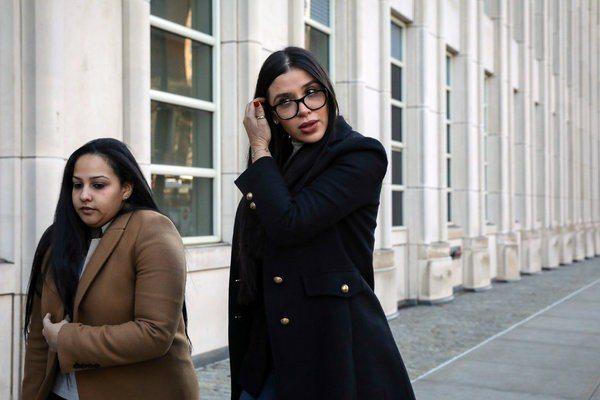 多疑的古茲曼曾用間諜軟體系統監控妻子愛瑪(右)。 (路透)
