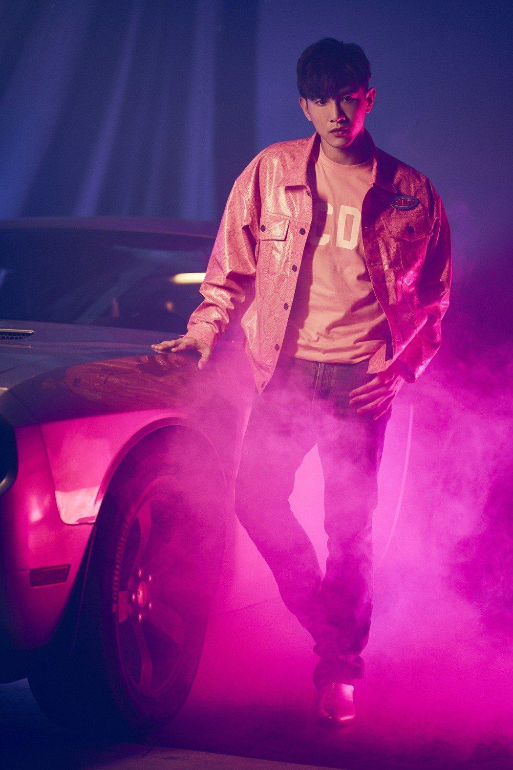 張立昂推出新歌「感應心電」。圖/索尼音樂提供