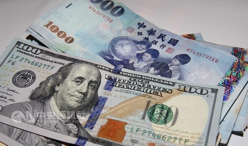 新台幣兌美元匯率今天以30.840元開盤。 聯合報系資料照