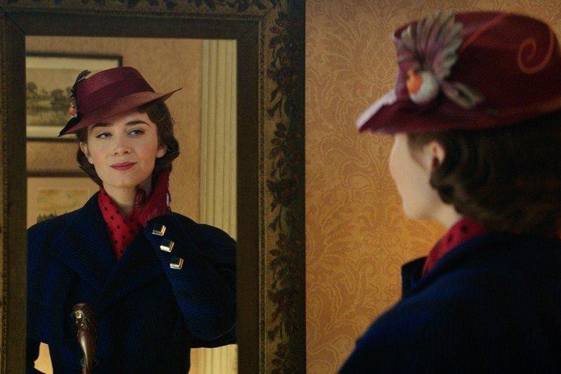 艾蜜莉布朗(Emily Blunt)詮釋的神仙褓姆瑪莉包萍實在無懈可擊。 圖/美聯社