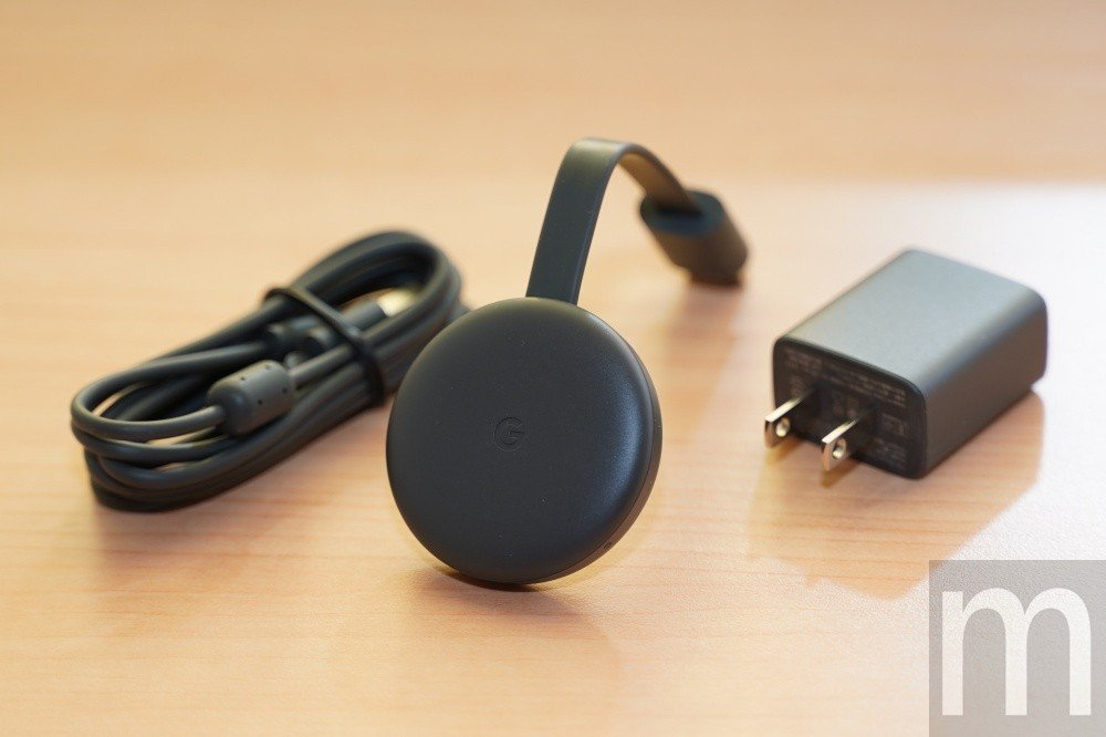 新款Chromecast盒裝所有配件,外觀則改為霧面簡化設計