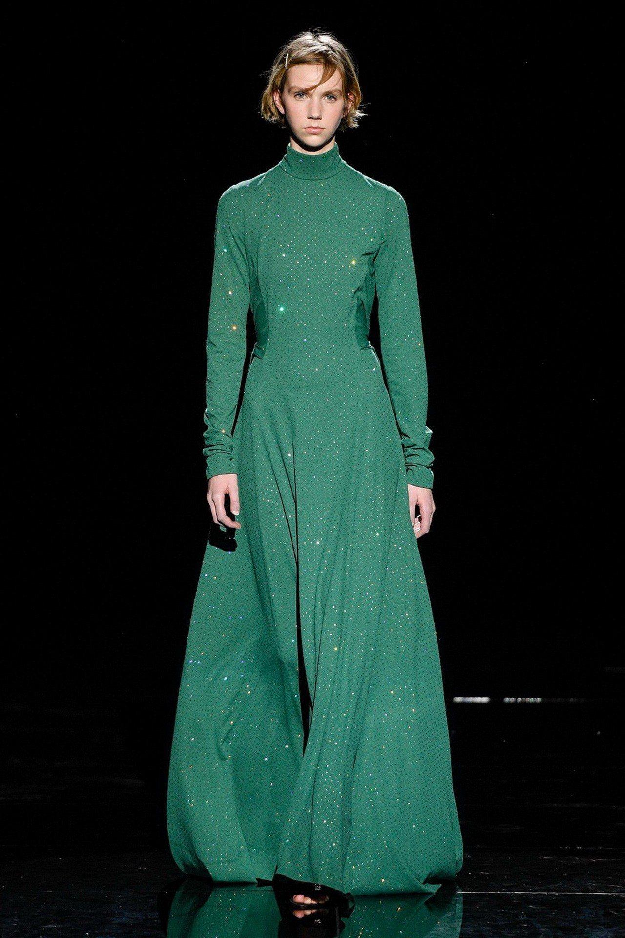優雅嚴謹的設計,讓Marc Jacobs展現各種氛圍的女性之美。圖/Marc J...