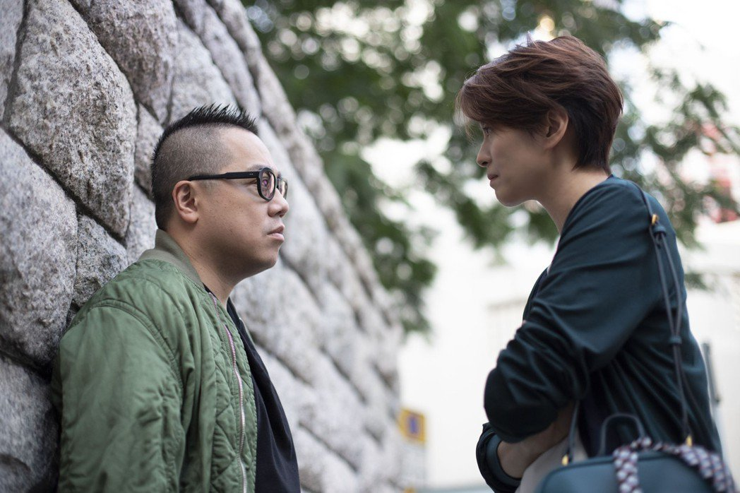 彭浩翔與梁詠琪扮演前男女朋友。圖/華映提供