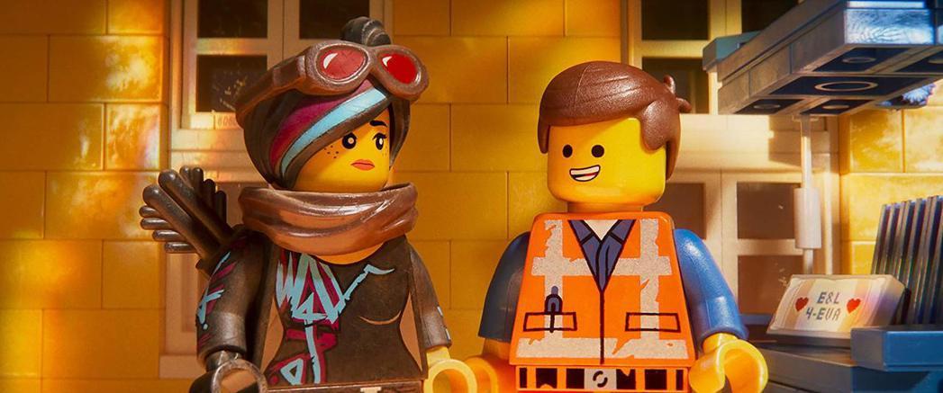 「樂高玩電影2」再次諧諷多部知名電影,笑點與上集一樣豐富。圖/摘自imdb