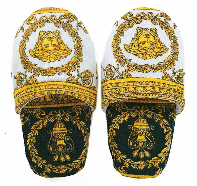 Versace Home拖鞋。 圖/各品牌提供