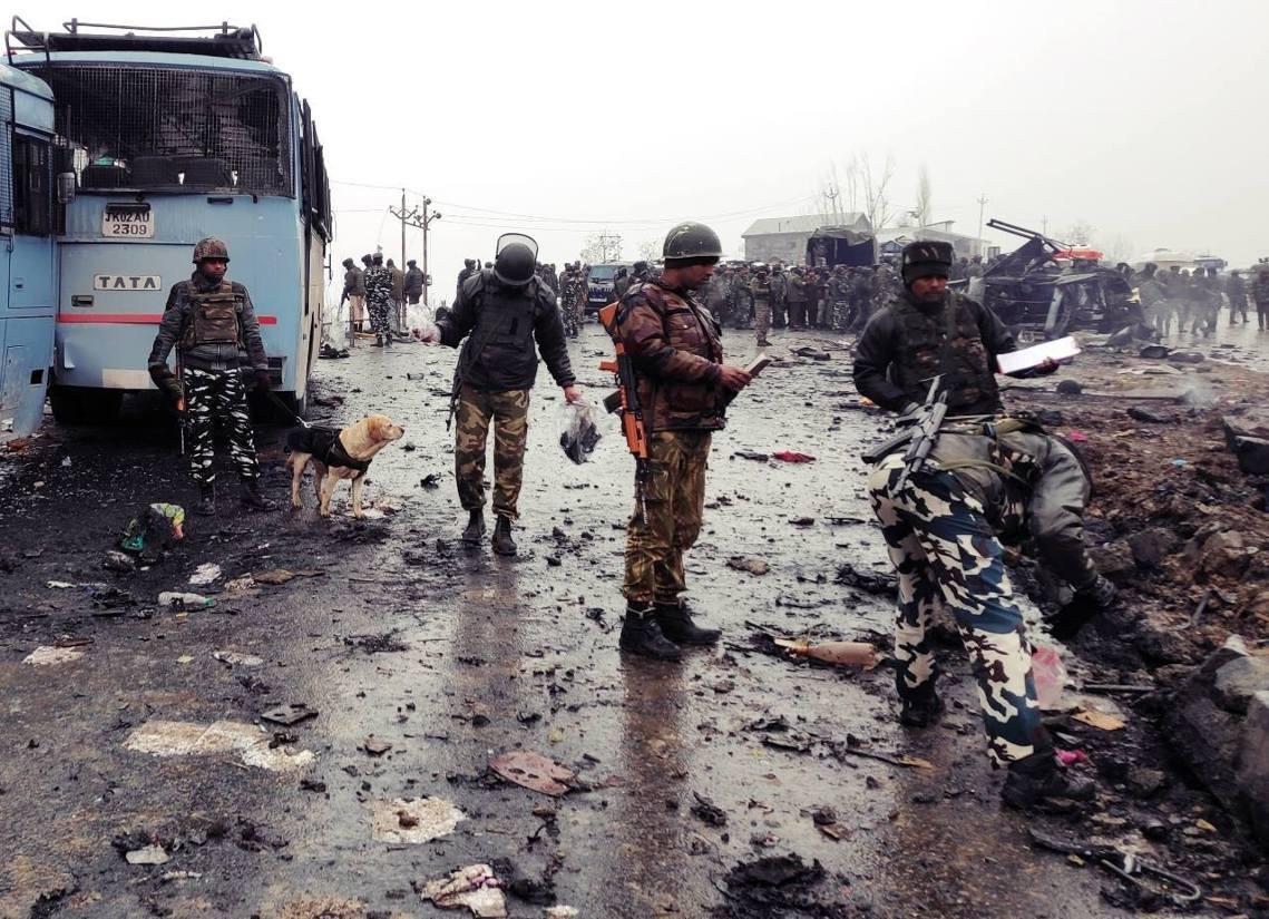 於巴基斯坦邊境的喀什米爾分離組織「穆罕默德軍」,迅速透過網路影片坦承犯行。 圖/...