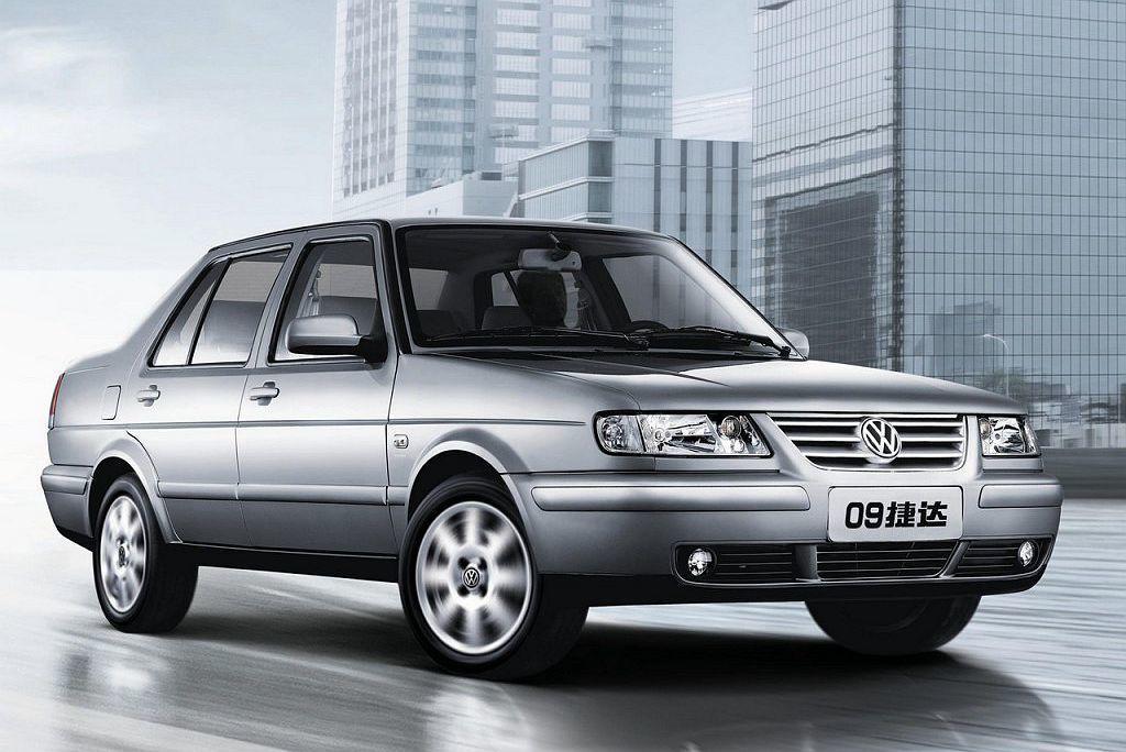 捷達在中國人民心中已經是根深蒂固的車款,若以全新品牌或導入SEAT銷售,就必須花...