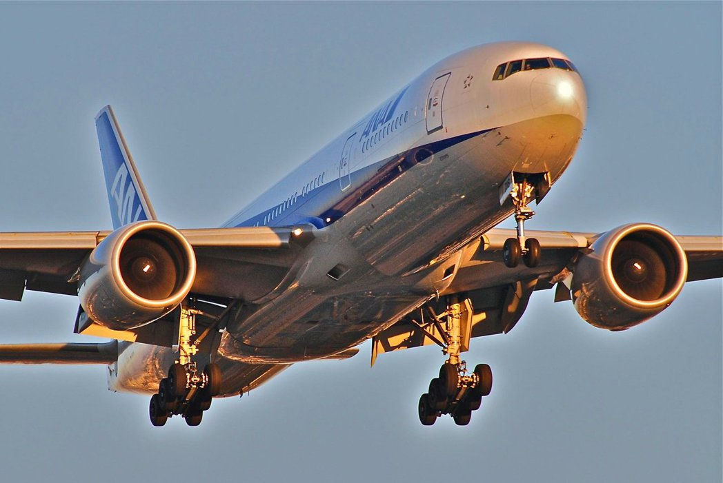 全日空的飛行員勞動條件較日本航空嚴苛。 圖/flickr<a href=