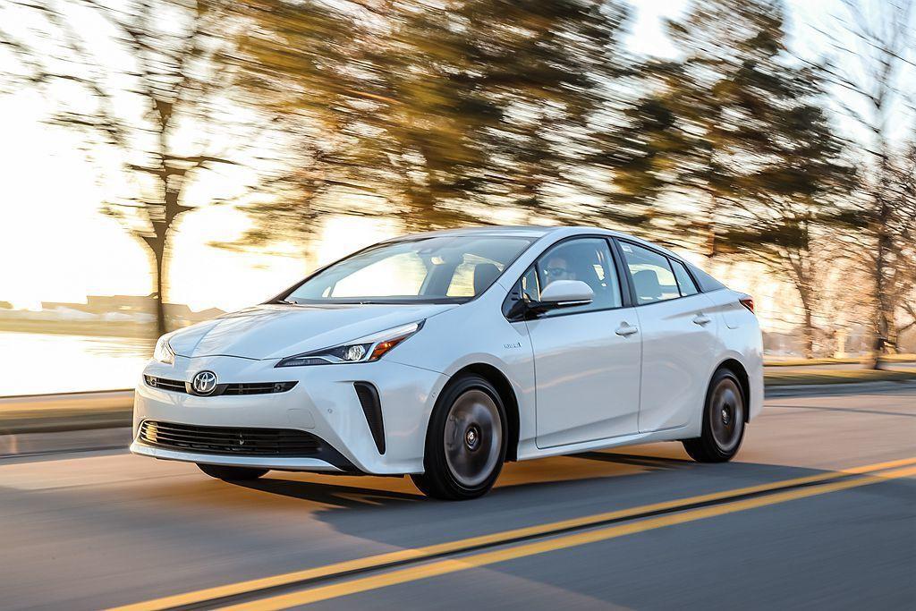美規Toyota Corolla Hybrid平均油耗不僅超越原廠估計的21.1km/L,同時對比現行款第四代Toyota Prius更是並駕齊驅。 圖/Toyota提供