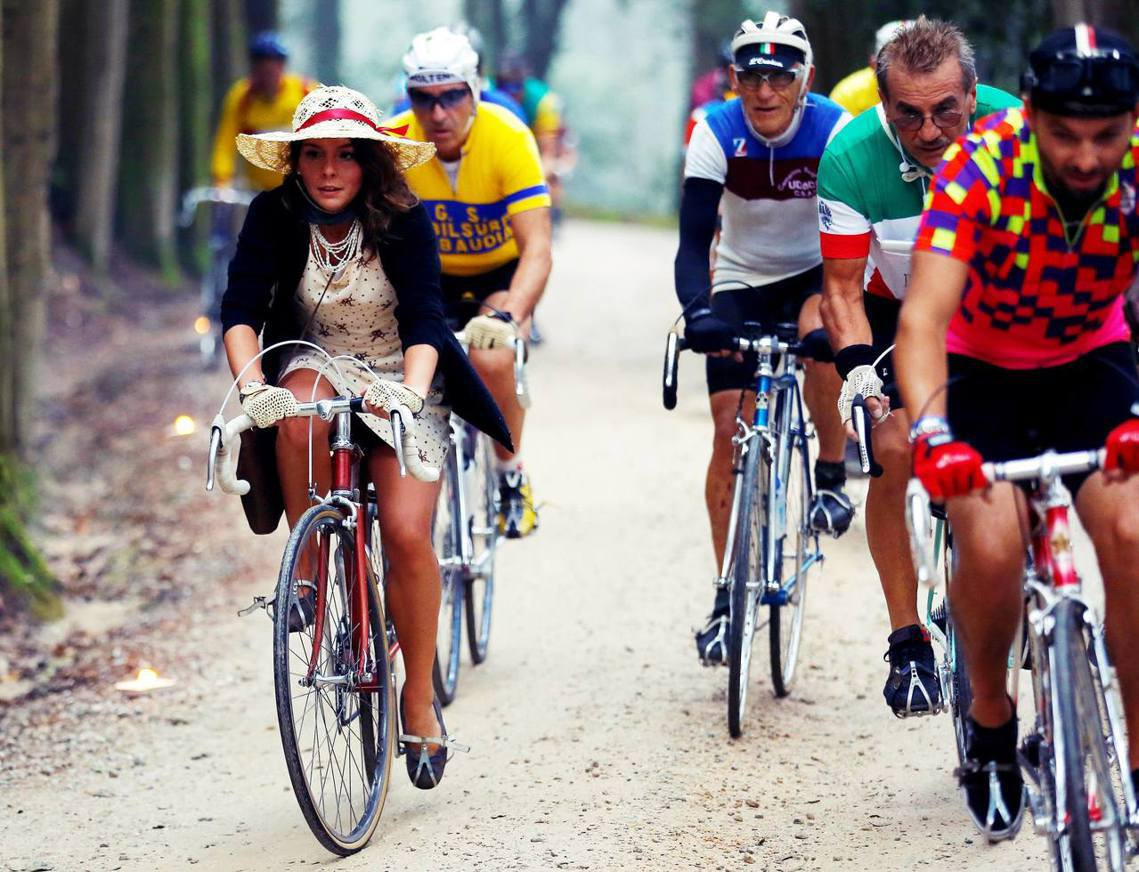 跳表單車可以如願解決義大利的城市交通問題嗎?圖為義大利著名的「英雄復古自行車騎乘...