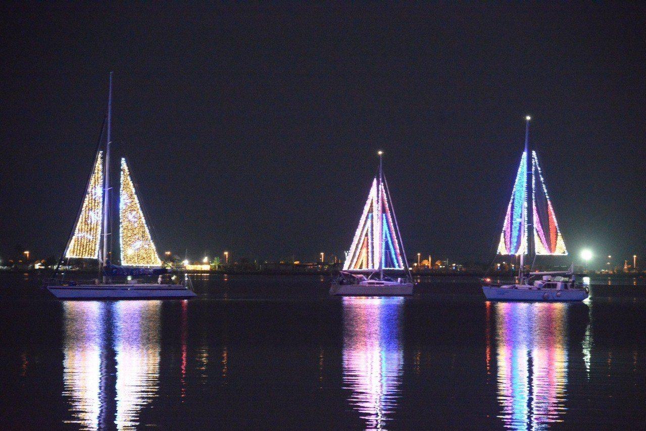 美翻!屏東台灣燈會今晚試營運 首創海陸光影呈現