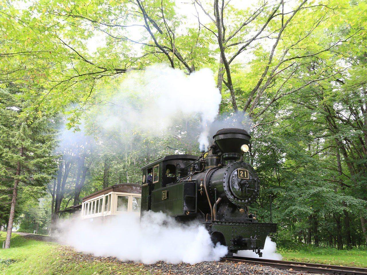 森林鐵路蒸汽火車「雨宮21號」。圖/擷自NPO法人北海道遺産協議會官網