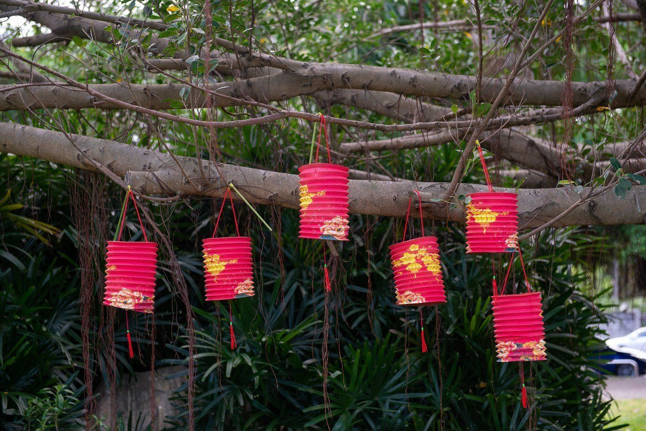 花蓮文化局今年準備復古造型小提燈,要送給民眾。圖/文化局提供