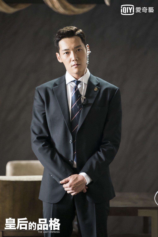 崔振赫在劇中飾演皇家護衛。圖/愛奇藝台灣站提供