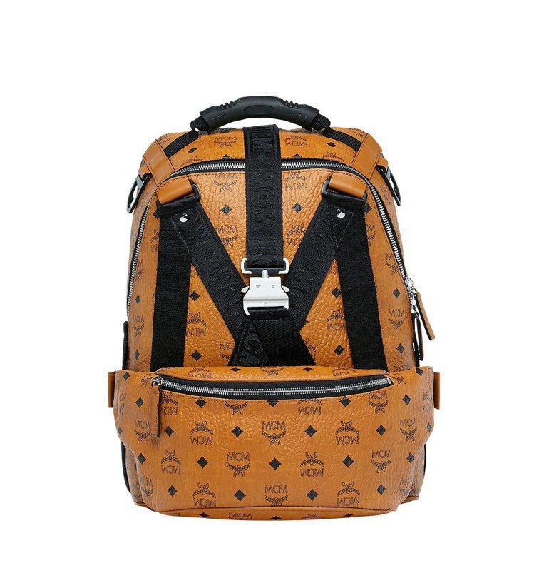 Jemison干邑色後背包的前袋可拆下來作為腰包或斜垮包,售價46,000元。圖...