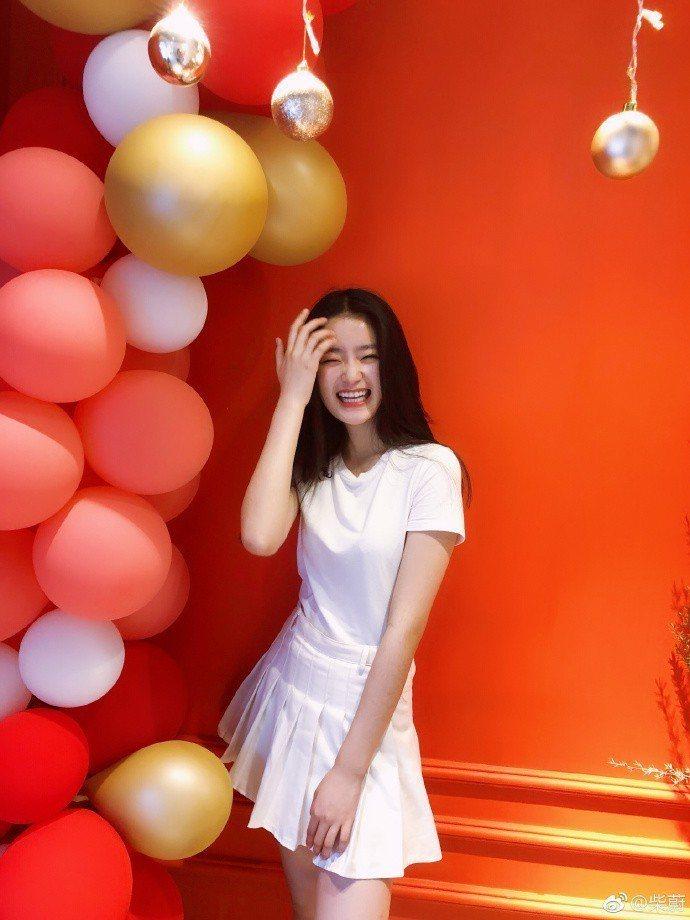 柴蔚如今已16歲。圖/摘自微博