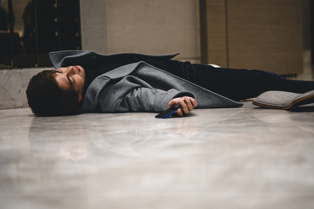 林子閎在戲中發生意外昏迷。圖/東森提供