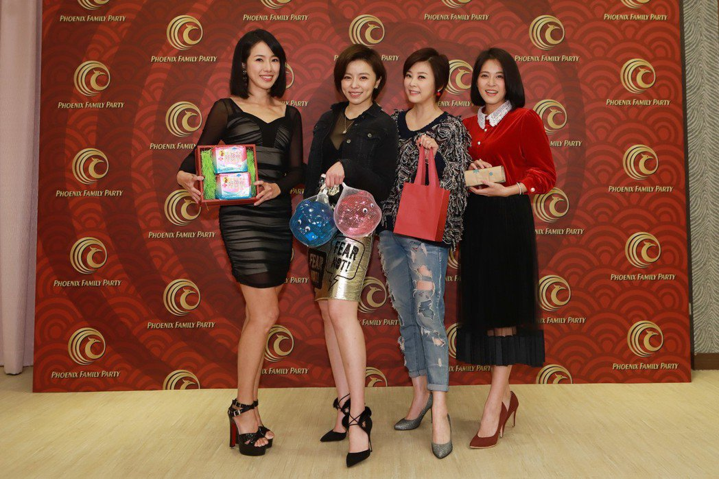 黃瑄(左起)、王瞳、方馨和蘇晏霈。圖/民視提供