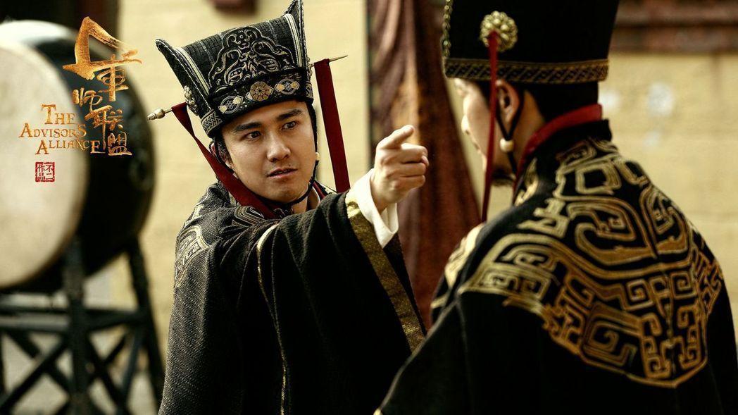 翟天臨在「軍師聯盟」演出。圖/緯來戲劇台提供