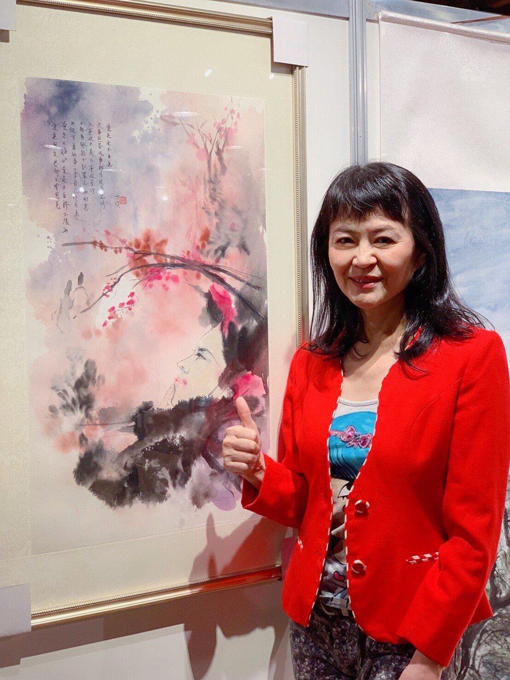 程秀瑛的畫作首次參展,自稱是新手畫家。記者陳慧貞/攝影