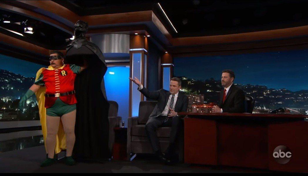 班艾佛列克親口在節目中證實自己已從蝙蝠俠角色中「退休」。圖/翻攝自YouTube