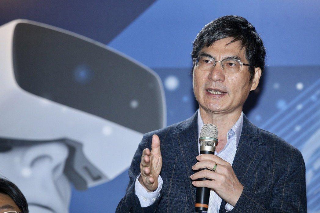 科技部長陳良基表示,《愛迪生傳》是小時候最愛讀的書。 圖/聯合報系資料照片
