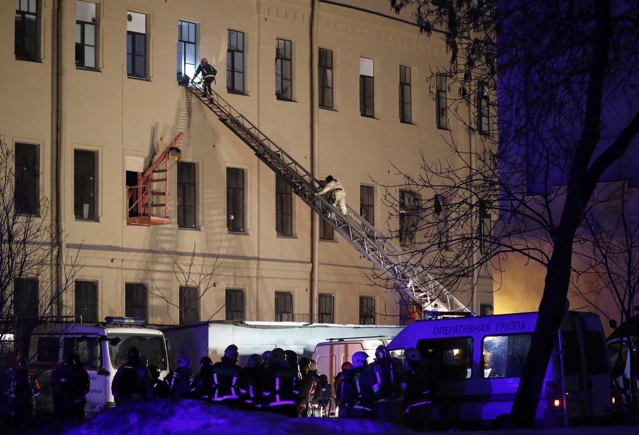 俄羅斯聖彼得堡一棟建築16日部分倒塌,大樓已疏散86人。歐新社