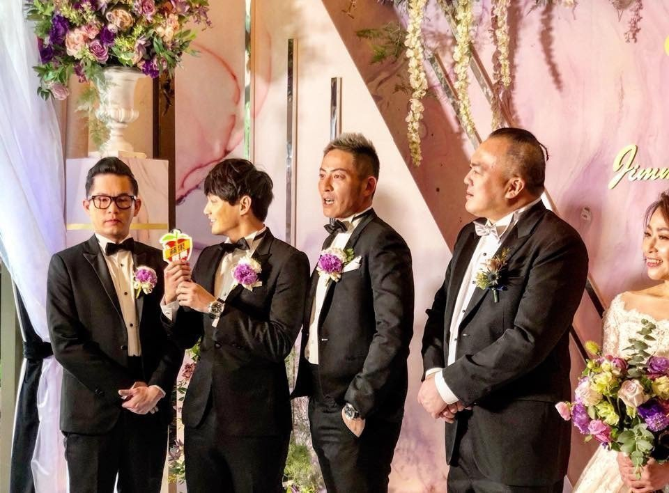 導演明金成與小6歲老婆林沛締補辦婚宴。圖/摘自臉書