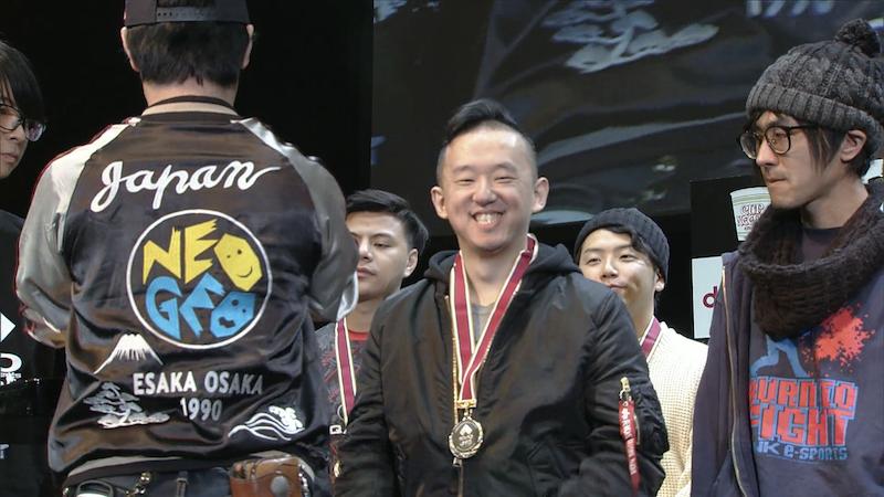 台灣地區選手ET(中)與日本地區選手M'(右) 圖:EVO官方Twitch轉播