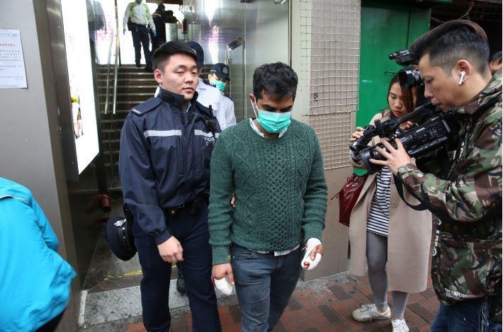 男子為保護錢財遭利刃劃傷。香港01 記者蔡正邦/攝影