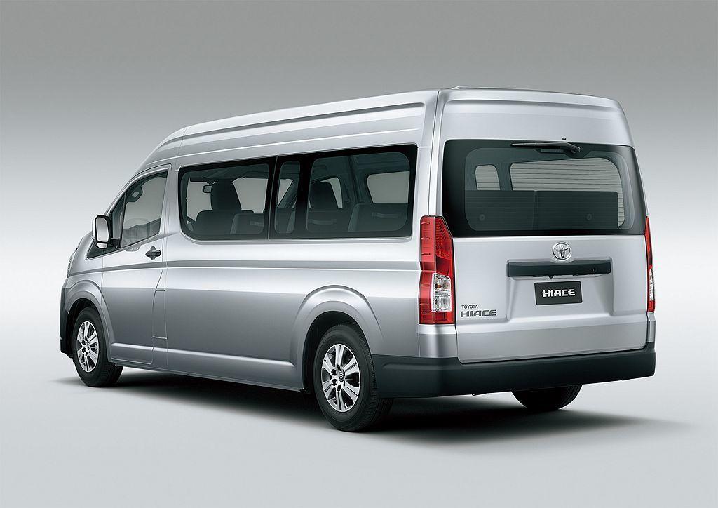 新世代Toyota Hiace軸距來到3,210mm,長5,265mm、寬1,950mm、高1,990mm。長軸與高頂車型為軸距3,860mm、長5,915mm、寬1,950mm、高2,280mm。 圖/Toyota提供
