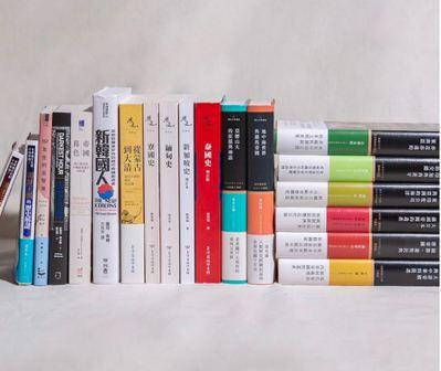 蔡總統於2月15日公布在水準書店購入的19本新書。 (圖/翻攝自總統蔡英文Ins...