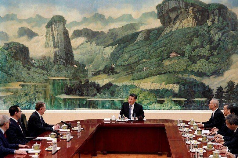 2月15日中國國家主席習近平在中美貿易戰爆發至今近一年的時間裡,首次會見赴京舉行...