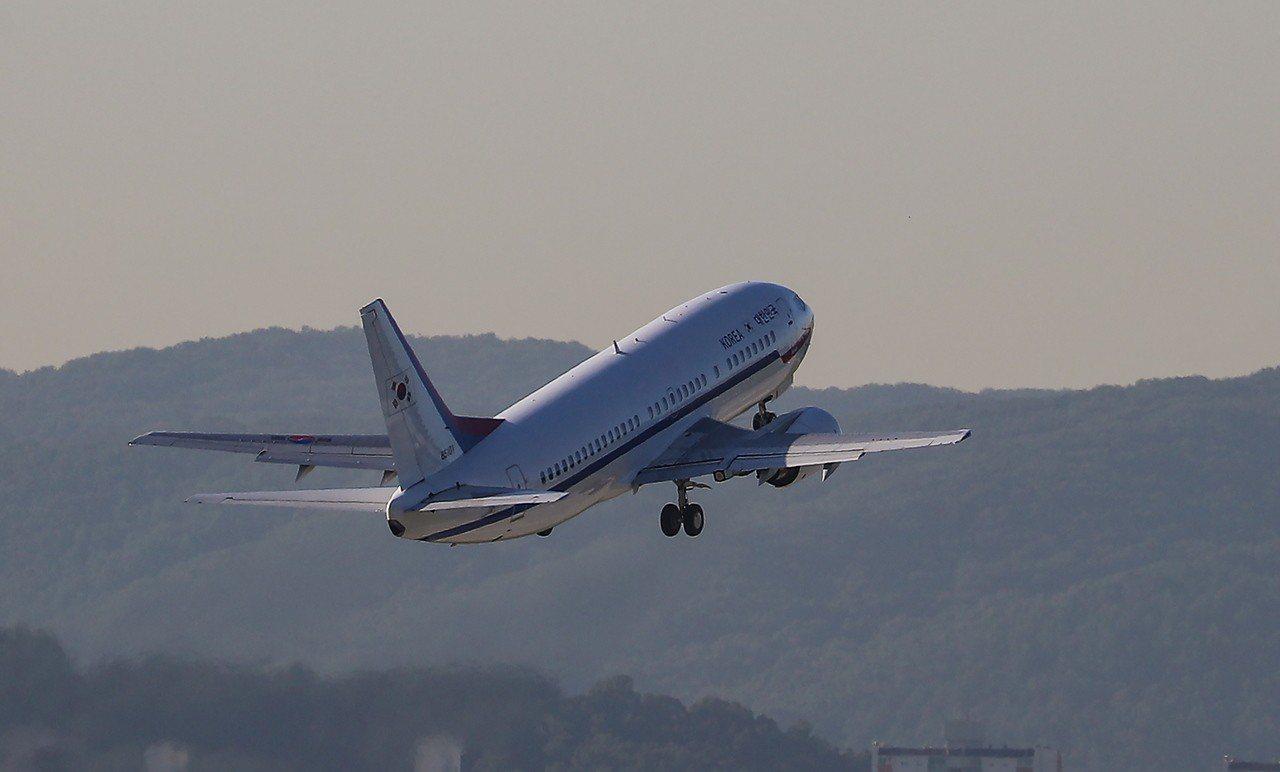 北韓有意對外國航空公司重開部分領空,聯合國也想協助,但被美國擋下,可能做為談判籌...