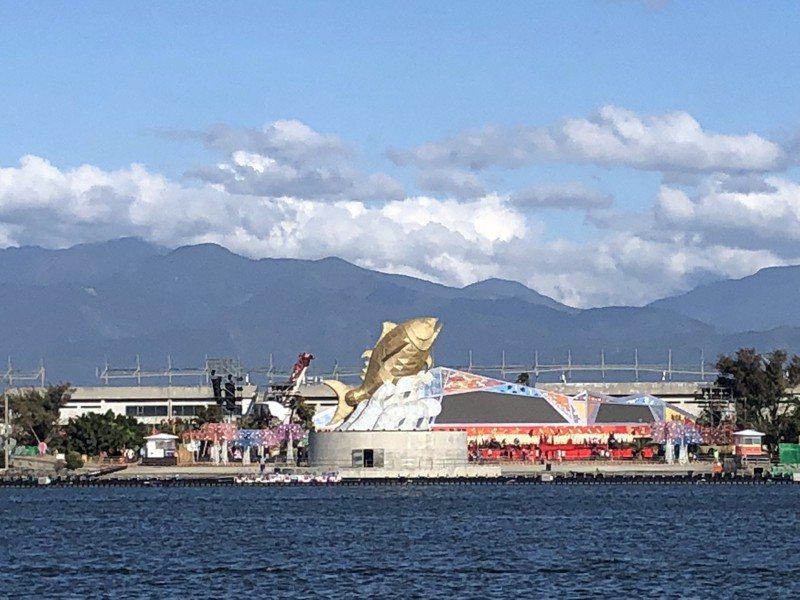 今年台灣燈會主燈「巨鮪來富」。記者侯俐安/攝影