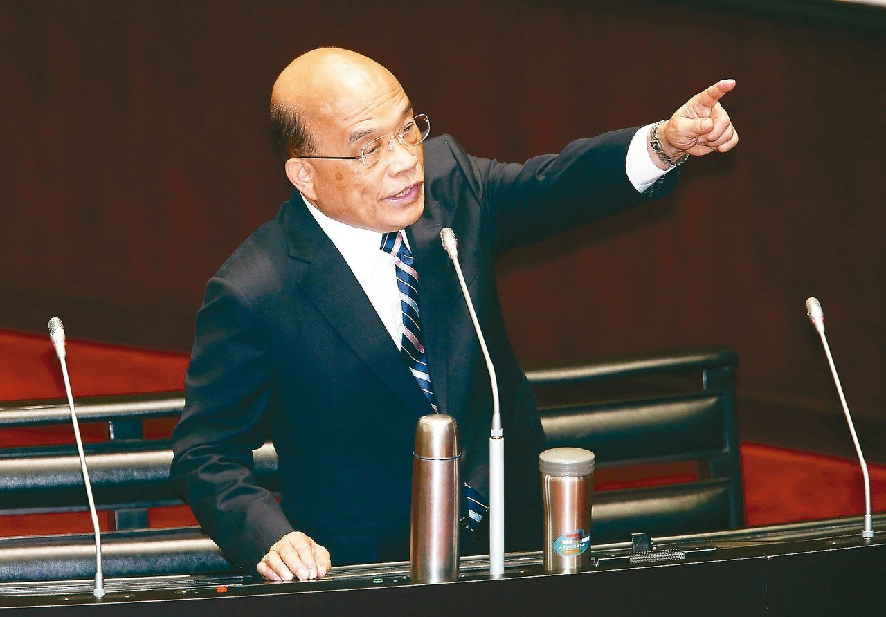 行政院長蘇貞昌上午在立院指出,兩岸人民關係條例修法沒有針對誰,但陸委會主委陳明通...